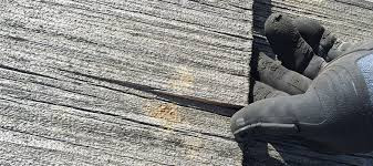 How Professionals Repair Cedar Roof Shingles