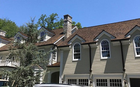Top Factors That Affect the Lifespan of a Cedar Roof