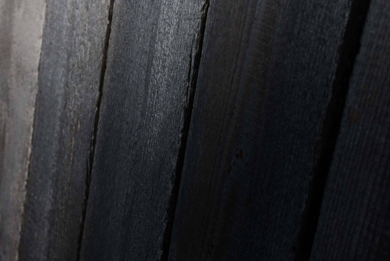 rauchholz karbonisierte fassadenschalung verkohltes holz