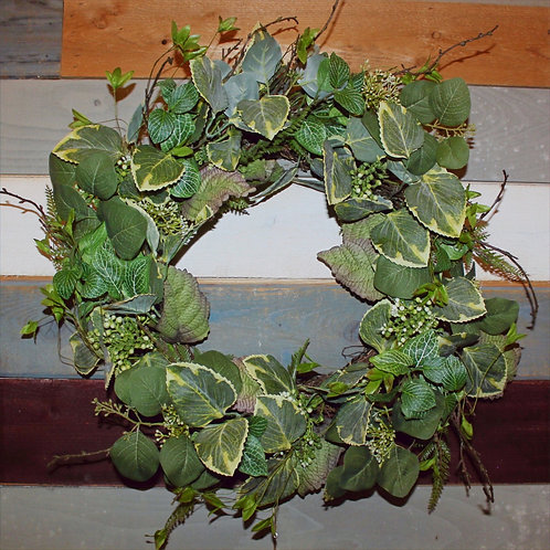 "32"" Mixed Foliage Wreath"
