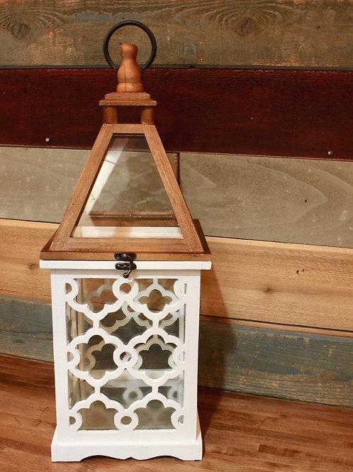 Lantern With White Lattice Medium