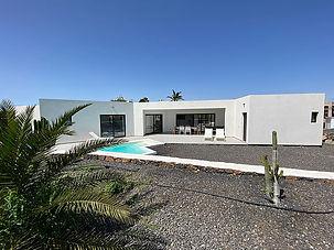 Villa con apartamento independiente en Lajares,