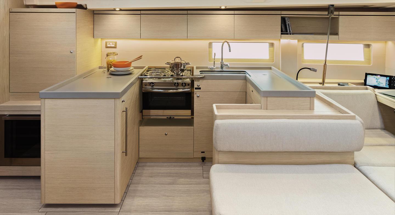 oceanis51.1_interior_cuisine_details.jpg