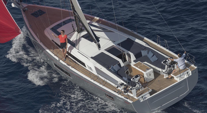 Beneteau_oceanis51_1_sailing_axion.jpg