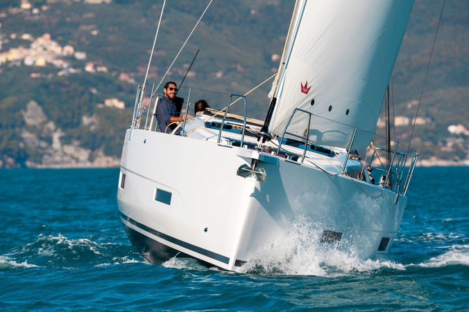dufour_390_sailing_pleasure.jpg