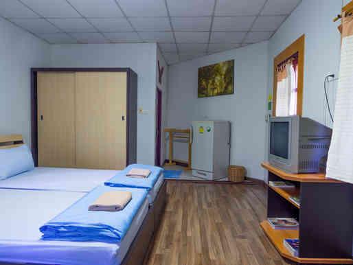 ห้องพัก B ชาลีณารีสอร์ท 01
