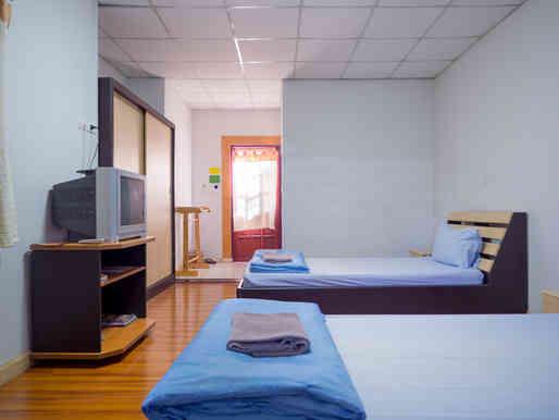 ห้องพัก B ชาลีณารีสอร์ท 02