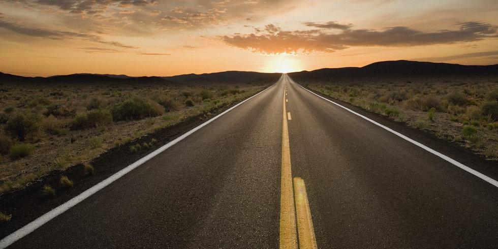 road-trip-south-africa-long-road.jpg