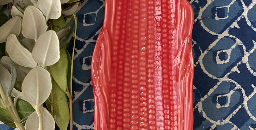 Plato en forma de maiz rojo ,