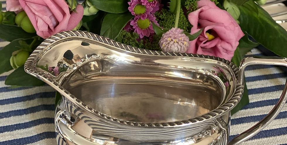 Salsera inglesa, baño de plata