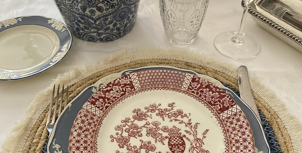 6 platos rosas con motivos orientales