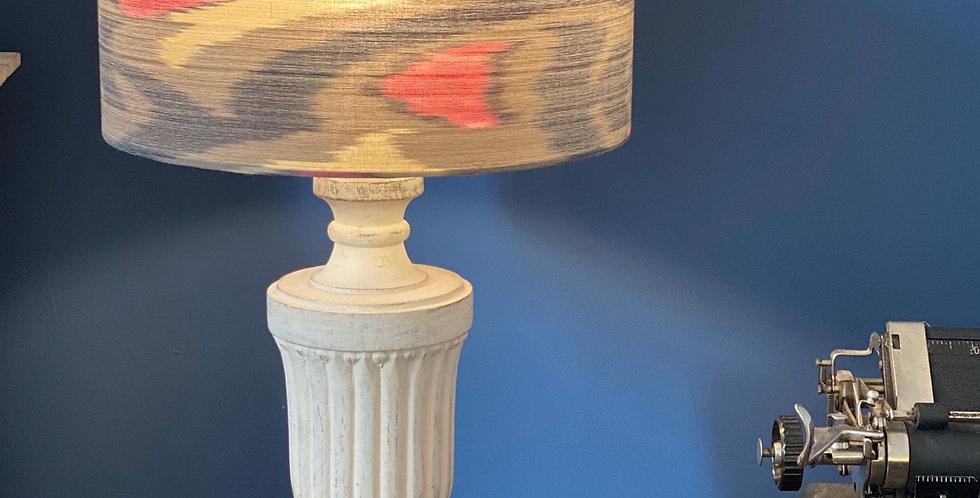 Lámpara con pantalla de ikat