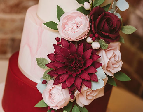 Burgundy & pink sugar wedding flowers
