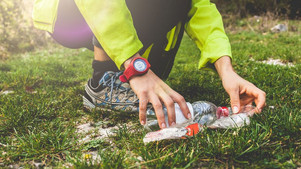 Plogging: The Swedish Fitness Trend That Combines Running with Picking up Litter