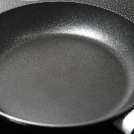 Teflon Non-stick Pans: the Good, the Bad and the Ugly