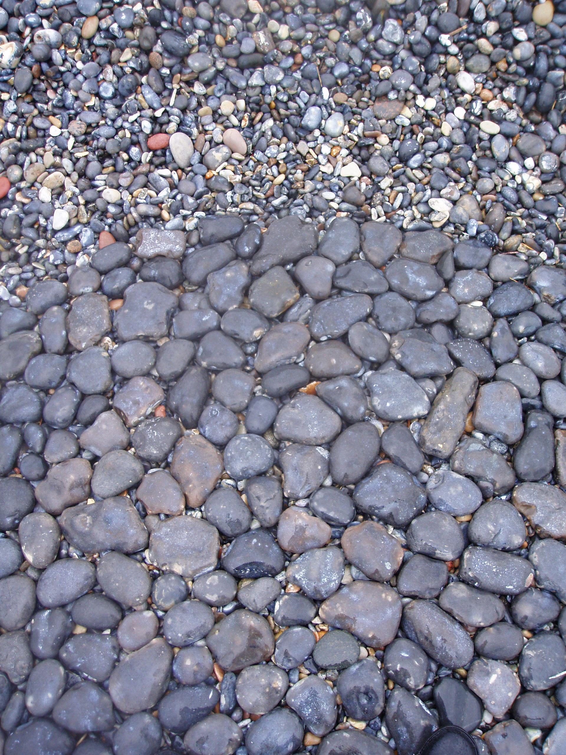 Rundstein grau white lines 06