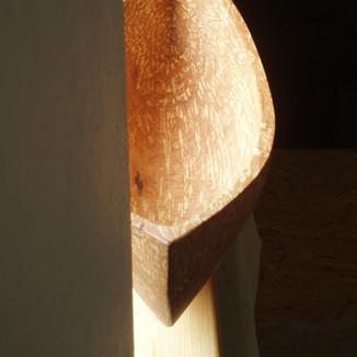 Einbaum-Skulptur