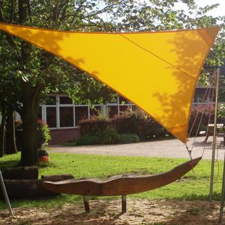"""""""Kiebitz 2"""" auf dem Schulhof der alten Grundschule Kiebitzschule Oberndorf"""