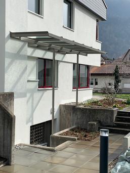 Vordach für Treppenabgang