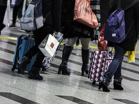 旅行の荷物が多い人は、家にもモノが多い?