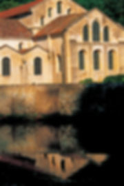 Abbaye cistercienne de Fontenay 1.jpg