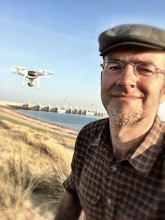 selfie_drone_g.jpg