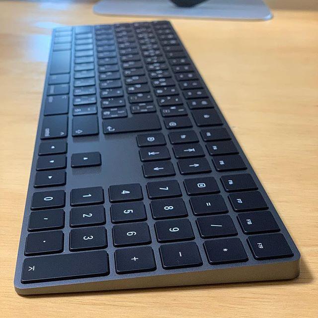 アップル マジックキーボード テンキー付き