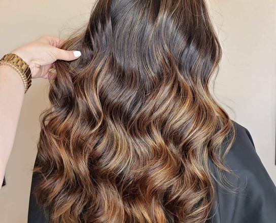 Wavy brown hair cut