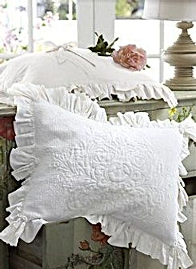 pillows white shams (2)-1.jpg