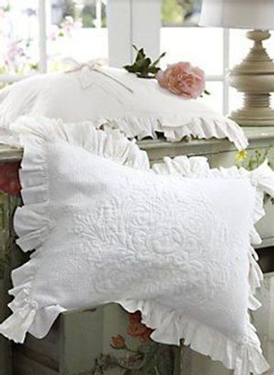 pillows white shams (2)-1.jpg
