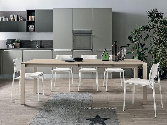 Итальянский обеденный стол Sole 110 в современном стиле от фабрики Target Point