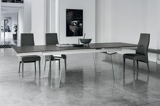 Итальянский обеденный стол Crystal Plus в современном стиле от фабрики Target Point