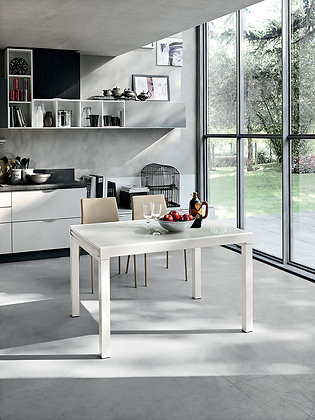 Итальянский обеденный стол Vega 120 в современном стиле от фабрики Target Point