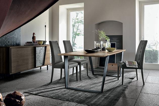 Итальянский обеденный стол Electa 180 в современном стиле●Target Point