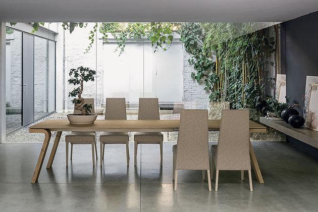 Итальянский обеденный стол Maciste 220 в современном стиле от фабрики Target Point
