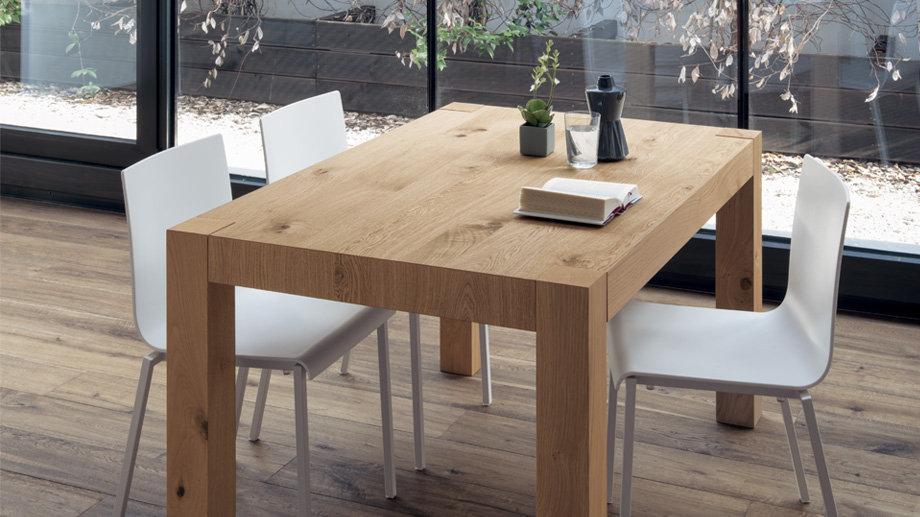 Стол Essential от производителя Скаволини