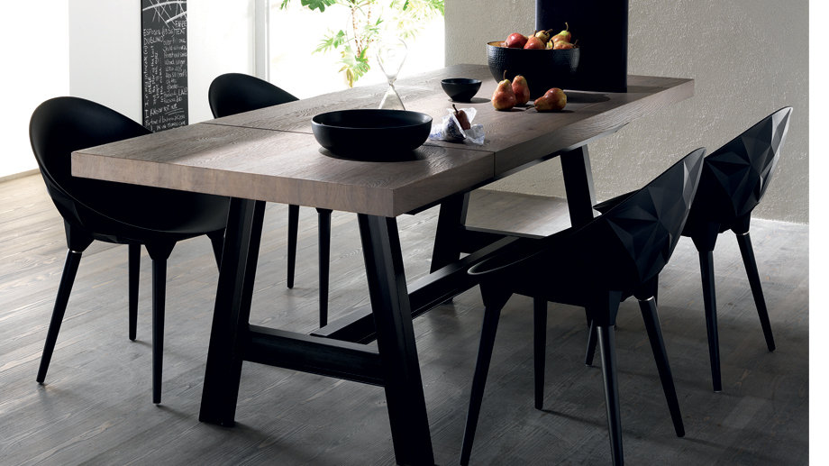 Стол Misfit Table от Scavolini