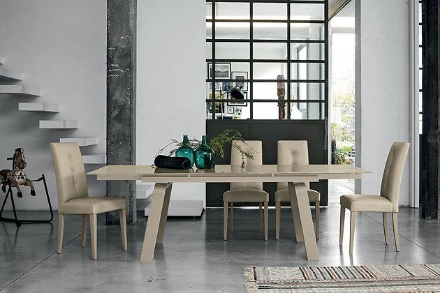 Итальянский обеденный стол Marte 160 в современном стиле от фабрики Target Point
