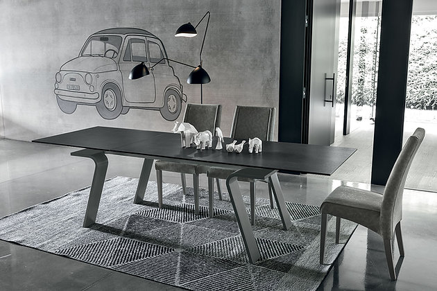 Итальянский обеденный стол Hercules в современном стиле от фабрики Target Point
