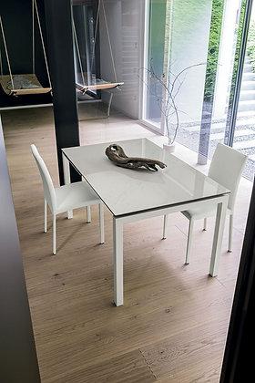 Итальянский обеденный стол Auriga 140 в современном стиле от фабрики Target Point