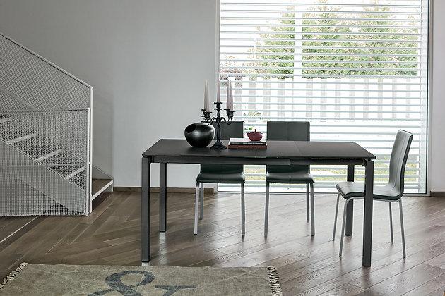 Итальянский обеденный стол Auriga 110 в современном стиле от фабрики Target Point