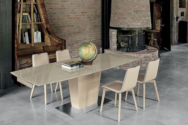 Итальянский обеденный стол Copernico 160 в современном стиле от фабрики Target Point