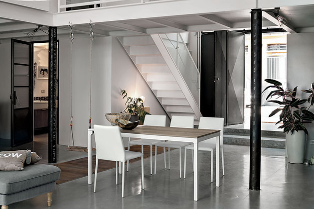 Итальянский обеденный стол Perigeo 115 в современном стиле от фабрики Target Point