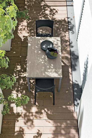 Итальянский стол для кухни Zucano от фабрики Berloni