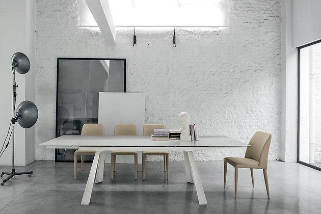 Итальянский обеденный стол Ponente 160 в современном стиле от фабрики Target Point