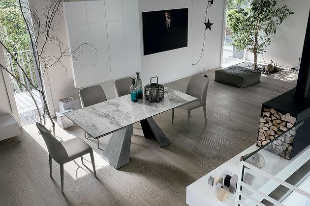 Итальянский обеденный стол Taurus в современном стиле от фабрики Target Point