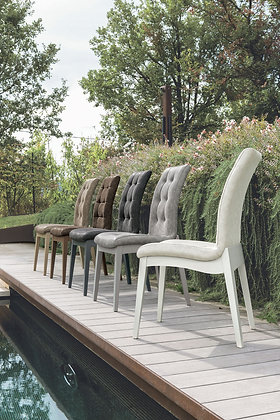 Итальянский обеденный стул Grenoble в современном стиле от фабрики Target Point