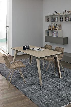 Итальянский обеденный стол Libeccio 160 в современном стиле от фабрики Target Point