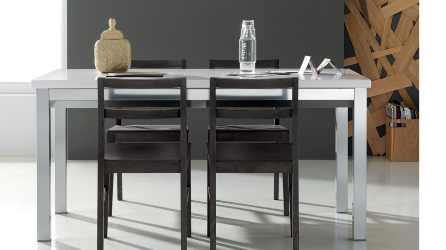 Стол Vega от фабрики Scavolini