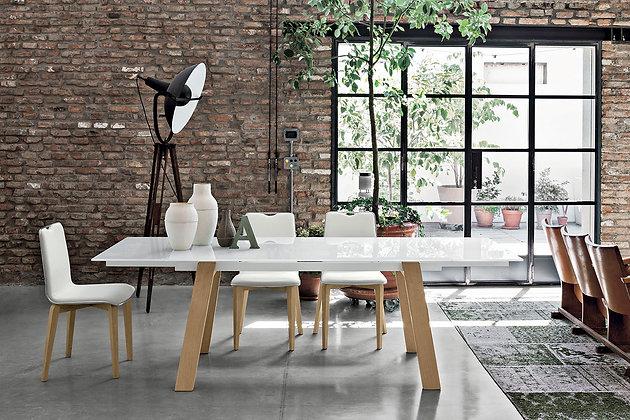 Итальянский обеденный стол Giove 160 в современном стиле от фабрики Target Point